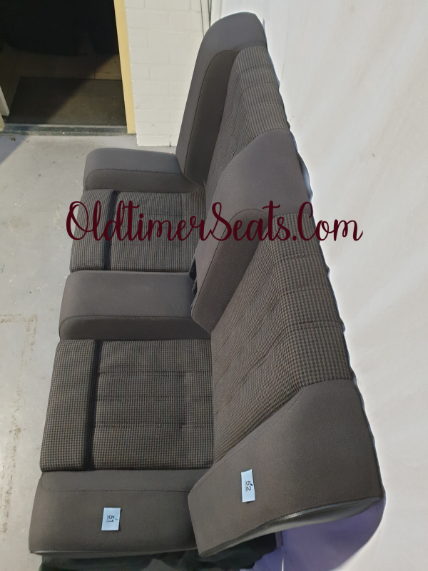 e30 M3 interior innenausstattung interieur achterbank hahnentritt 0211