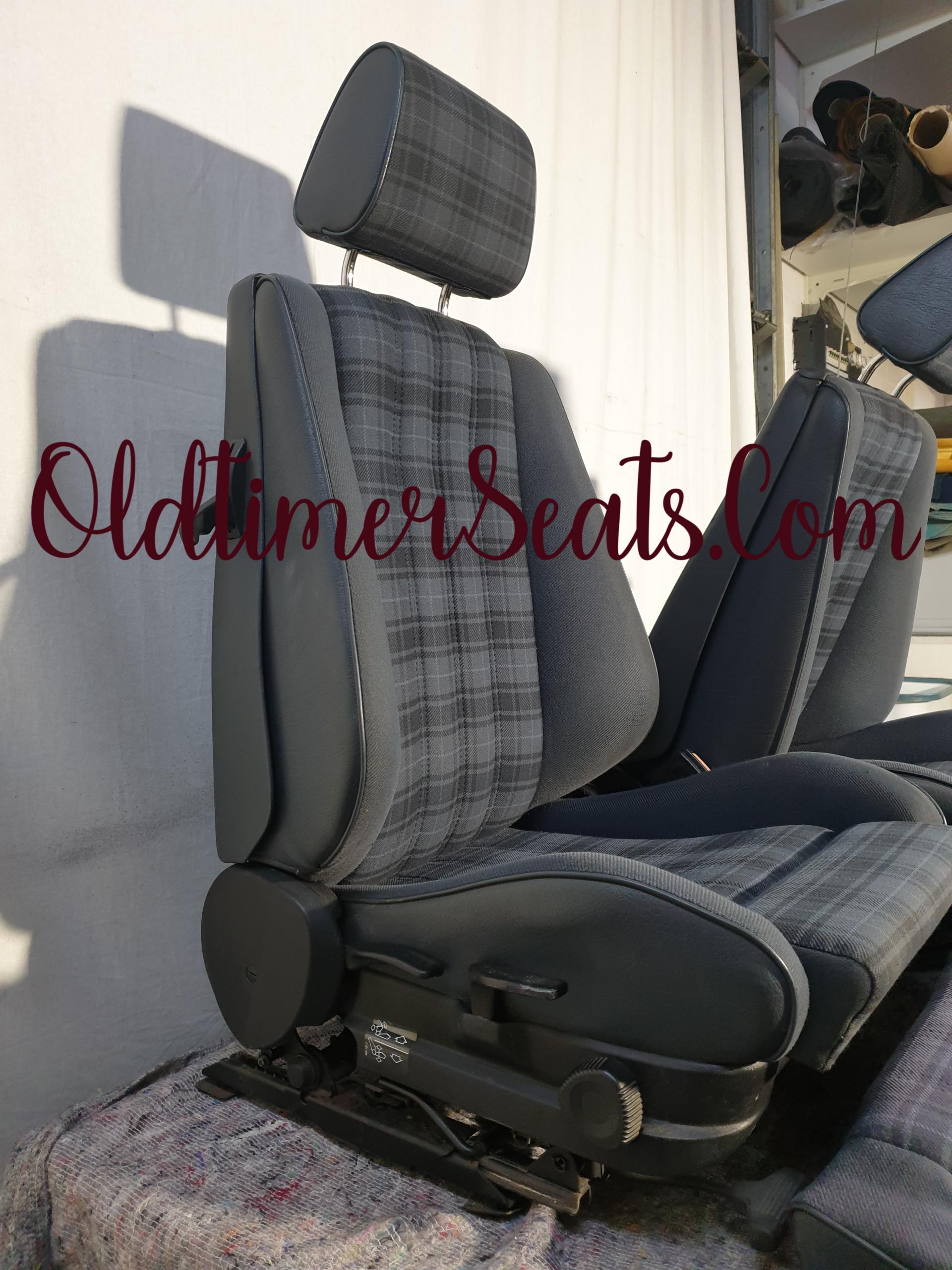 BMW E30 Sport interior Indigo Blue 0381 Convertible in good condition